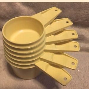🗺 TUPPERWARE Measuring Cups Includes 1980's 6 Pcs